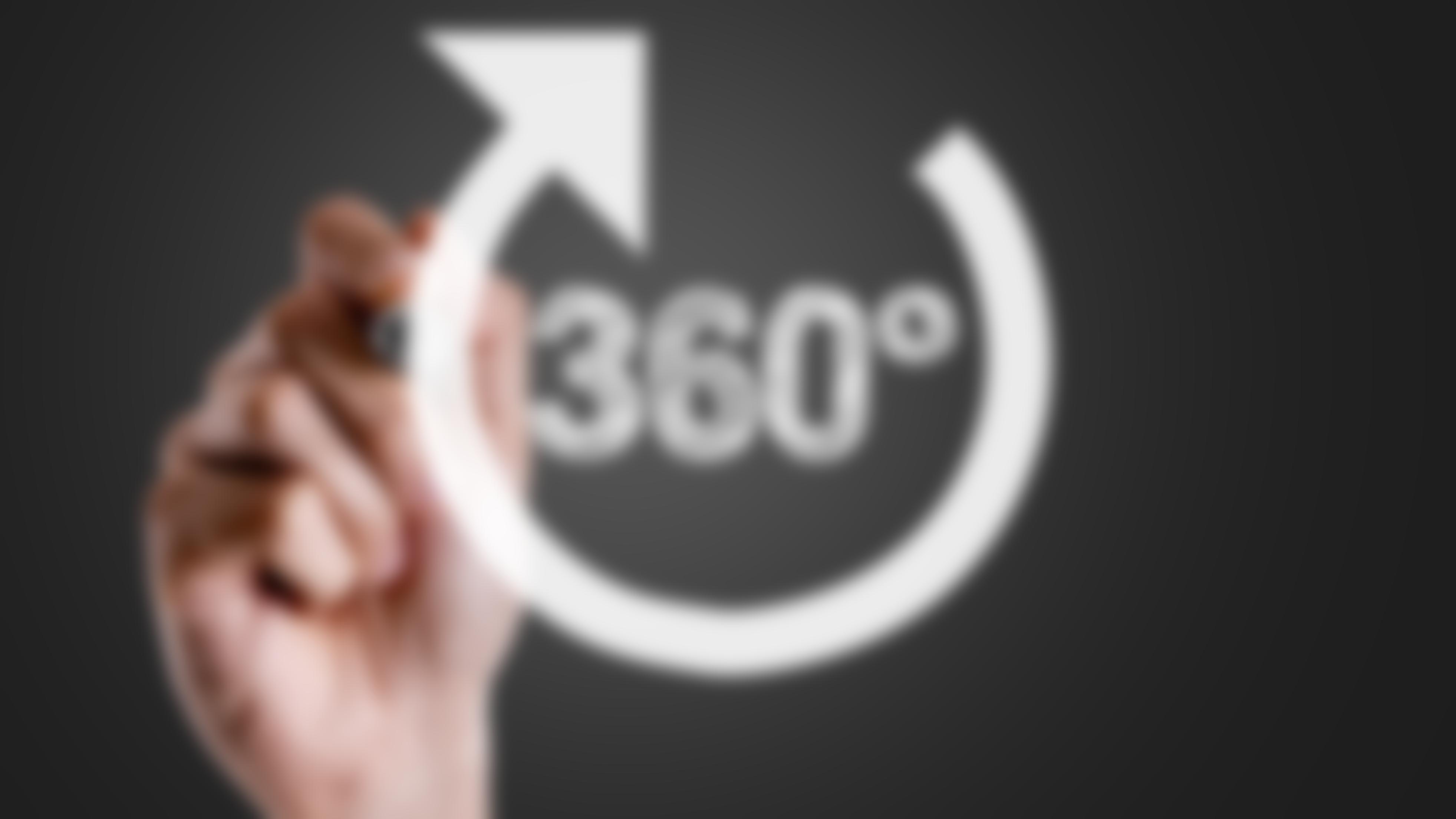 360 graders utvärdering av specialister och bakjourer